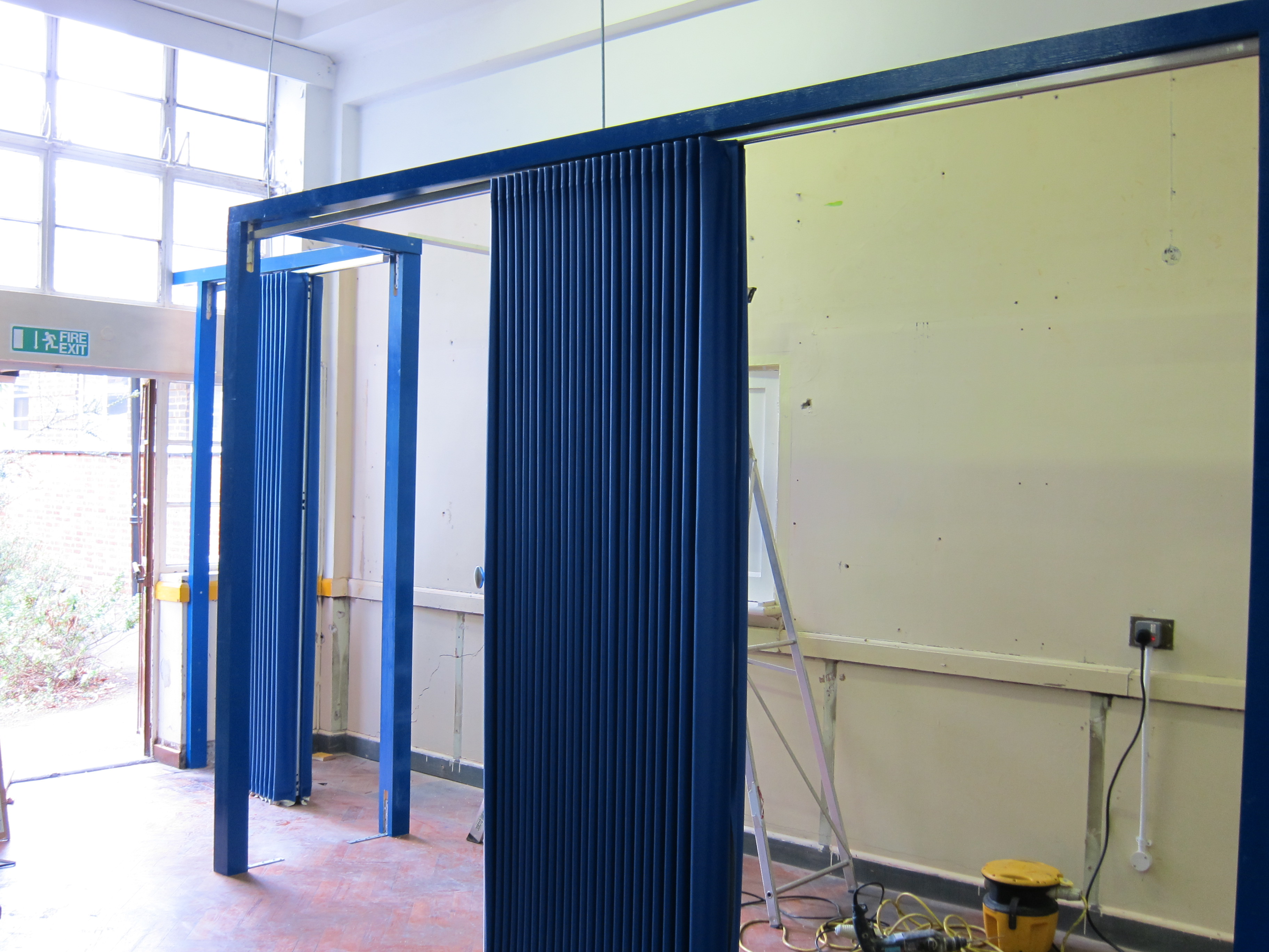 Folding Wall Partitions : Folding partitions walls built bespoke building additions